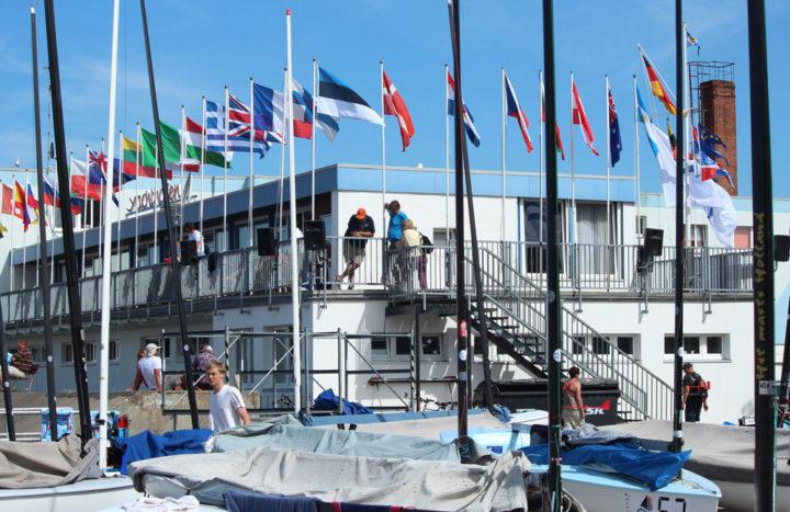 day1-finn-euros-waiting-ashore-pic-robert-deaves