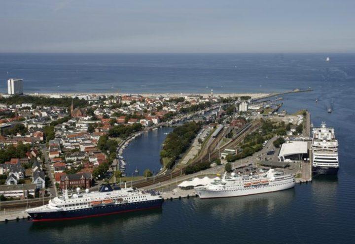 warnemunde-harbour-pic-hansestadt-rostock fotoagentur-nordlicht