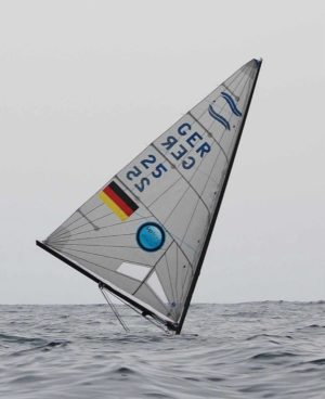 Light winds and big swell for Finn practice race in Palma 2014