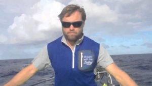 Alex Thomson erklaert die Ursache des Mastbruches - 2015
