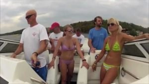 Bizarre speedboat accident at Lake of the Ozarks (Slow Motion)