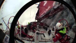 <b>Volvo Ocean Race - 2015 - Patenthalse, aka Chinese gybe, aka death roll, aka crash gybe</b>