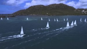 <b>Dinghy Sailing in Antigua - Laser Nationals - aus der Luft betrachtet</b>