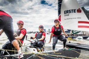 Extreme Sailing - Hamburg Live - mit den Finnseglern Max und Phillip