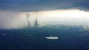 Tornado über der A7 in Schleswig Holstein – 5. Juni 2016